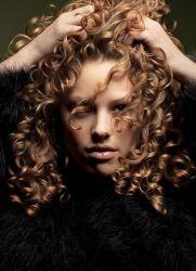 Trwała Ondulacja Kwaśna Włosów Opis I Technika Przeprowadzenia