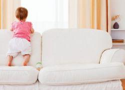 Jak Usunąć Plamy Z Moczu Dzieci Z Kanapy