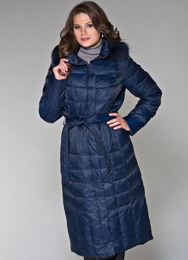 Kurtki i płaszcze damskie Jeśli nie lubimy wydawać zbyt dużo pieniędzy na odzież, to powinny nas zainteresować wyprzedaże kurtek i płaszczy damskich. Wybierając spośród asortymentu w obniżonych cenach można mieć odzież wierzchnią od czołowym projektantów i marek.